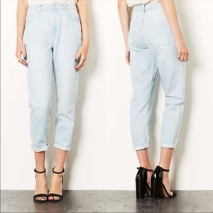 Topshop Moto High Rise Mom Jeans Light Wash Size 26 Womens NEW